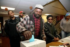 Steel parents win decisive vote to keep schoolpublic